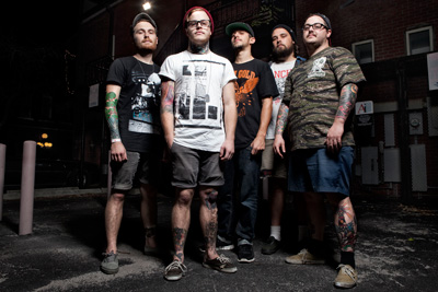 Hundredth Enter Studio with Bill Stevenson ...